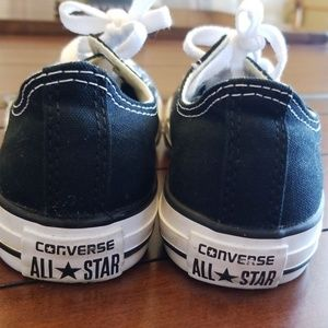 Converse Shoes - HOST PICK 😍 CONVERSE
